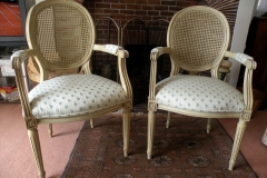 004-French-Furniture
