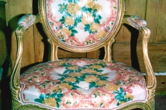 010-French-Furniture
